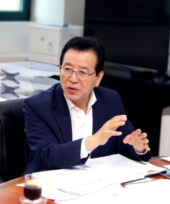 """[민선 7기 1년] 정순균 강남구청장 """"올해 '품격 강남' 디자인 원년"""""""