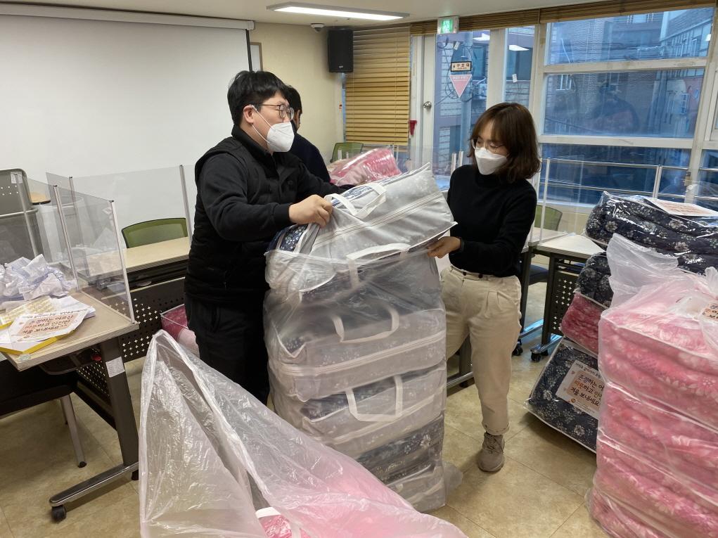 [위기및독거노인지원사업&후원사업] 카카오 같이가치 후원 방한용품지원사업 방한의류 및 용품 전달